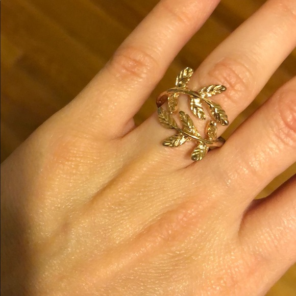 Jewelry - Rose Gold leaf ring